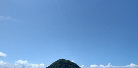 あさむし青空と島